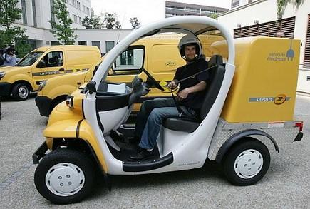 la-poste-vehicules-electriques.1267515396.jpg