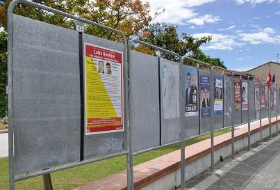 Panneaux électoraux 1